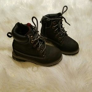 Toddler Boy Size 8 Black Boots Great Condition